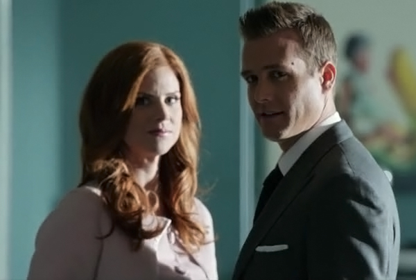harvey-donna-suits-02