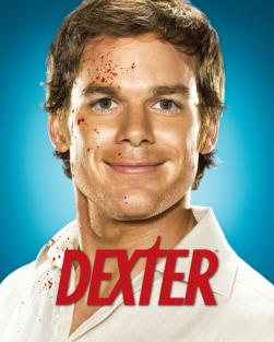 Independientemente de lo que decayera la serie, es indudable que el personaje de Michael C. Hall en Dexter ha pasado a integrar por méritos propios parte de la lista de los personajes más carismáticos de la televisión. Y lo ha hecho, aparte de por el grandioso trabajo del actor, por estas perlas que los guionistas escribían para Dexter.