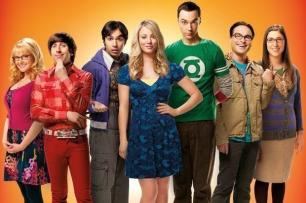 """Cualquiera que haya visto 'The Big Bang Theory' sabe que Sheldon Cooper es una fuente ilimitada de frases hilarantes. Pero ésta adaptación de """"piedra, papel y tijera"""" está entre los momentos favoritos de casi todos los fans de la serie."""