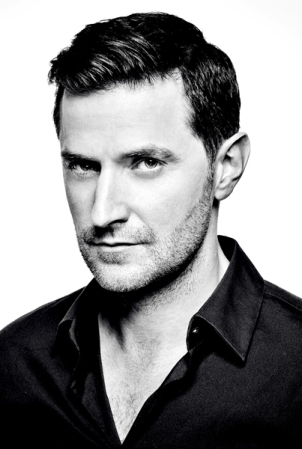 richard-armitage-perfil-bn