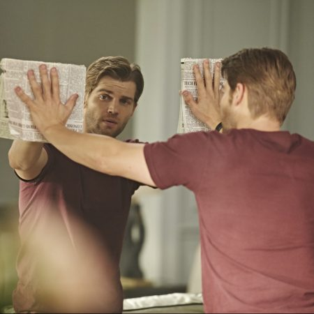 "CHILDHOOD'S END -- ""The Overlords"" Episode 101 -- Pictured: Mike Vogel as Ricky Stormgren -- (Photo by: Narelle Portanier/Syfy)"
