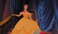 Nos da igual que sea de dibujos. El vestido amarillo de la Bella y La Bestia nos hizo soñar. Y es que a veces menos no es más.