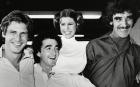 Harrison Ford (Han Solo), Anthony Daniels (C3P0), Carrie Fisher (Princesa Leia), y Peter Mayhew (Chewbacca) hacen el tonto durante uno de los descansos del rodaje del infame especial televisivo de 'La Guerra de las Galaxias' en 1978 .