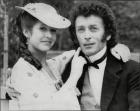 Robert Powell y Carrie Fisher en el set de la tv-movie 'Frankenstein'.