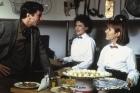 Sam Waterston, Dianne Wiest, y Carrie Fisher en la película 'Hannah y sus hermanas'