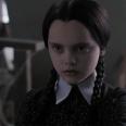 No por nada es uno de los disfraces preferidos de todo el mundo en Halloween: es fácil, es inquietante y Miércoles era de lo mejor de la Familia Addams. Lo cual es decir mucho porque básicamente en esa película todo el mundo es muy top.