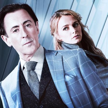Alan Cummings y Bojana Novakovic en la serie Instinct de FOX Life