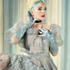 Lindsay Lohan como Cenicienta para Paper Magazine