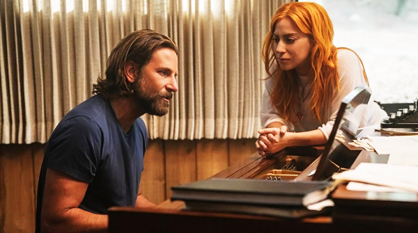 Bradley Cooper y Lady Gaga en Una Estrella Ha Nacido - A Star Is Born