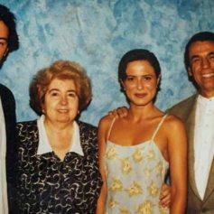 Maria Snoeys-Lagler con Keanu Reeves y Aitana Sánchez-Gijón