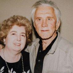 Maria Snoeys-Lagler con Kirk Douglas