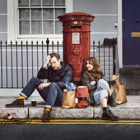 Rafe Spall y Esther Smith protagonizan Trying, serie de la BBC y Apple TV